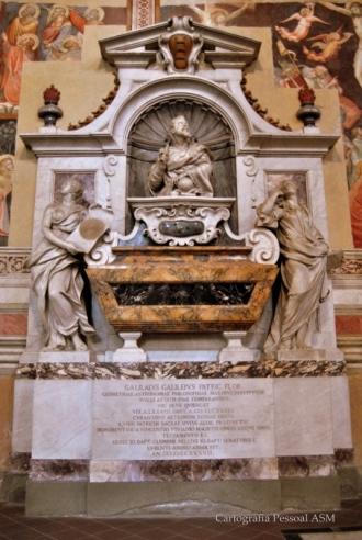 Túmulo de Galileu Galilei.