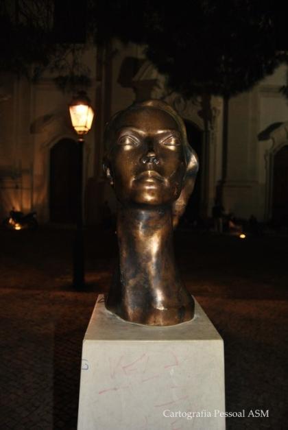 Sophia de Mello Breyner no Miradouro da Graça, Lisboa.